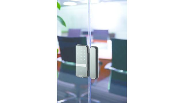 RITE Touch® Digital Glass Door Lock