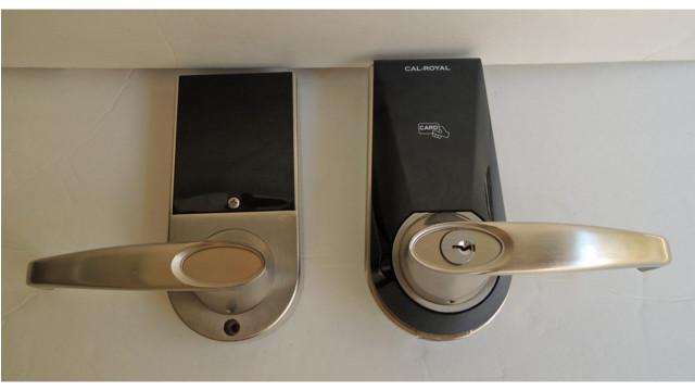 Cal Royal RS2000 Phone Lock 559c2678f1ebd