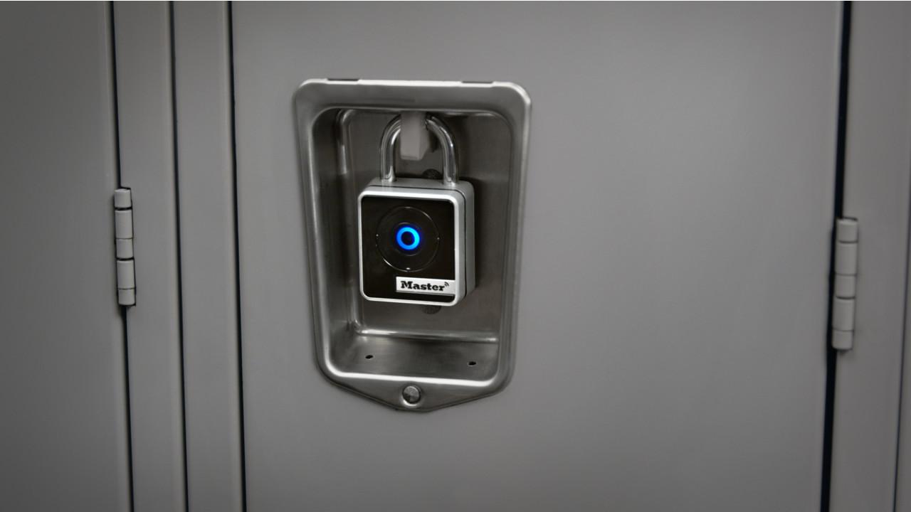 Master Lock Fingerprint Garage Door Opener - Techpaintball