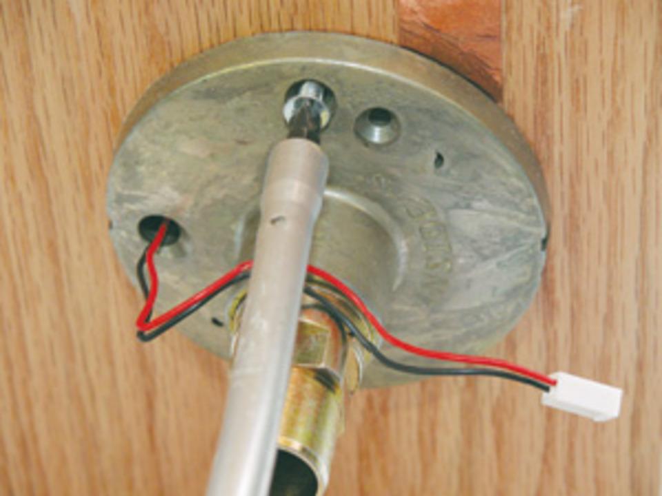 Installing The Yale Eboss Cylindrical Electronic Lockset