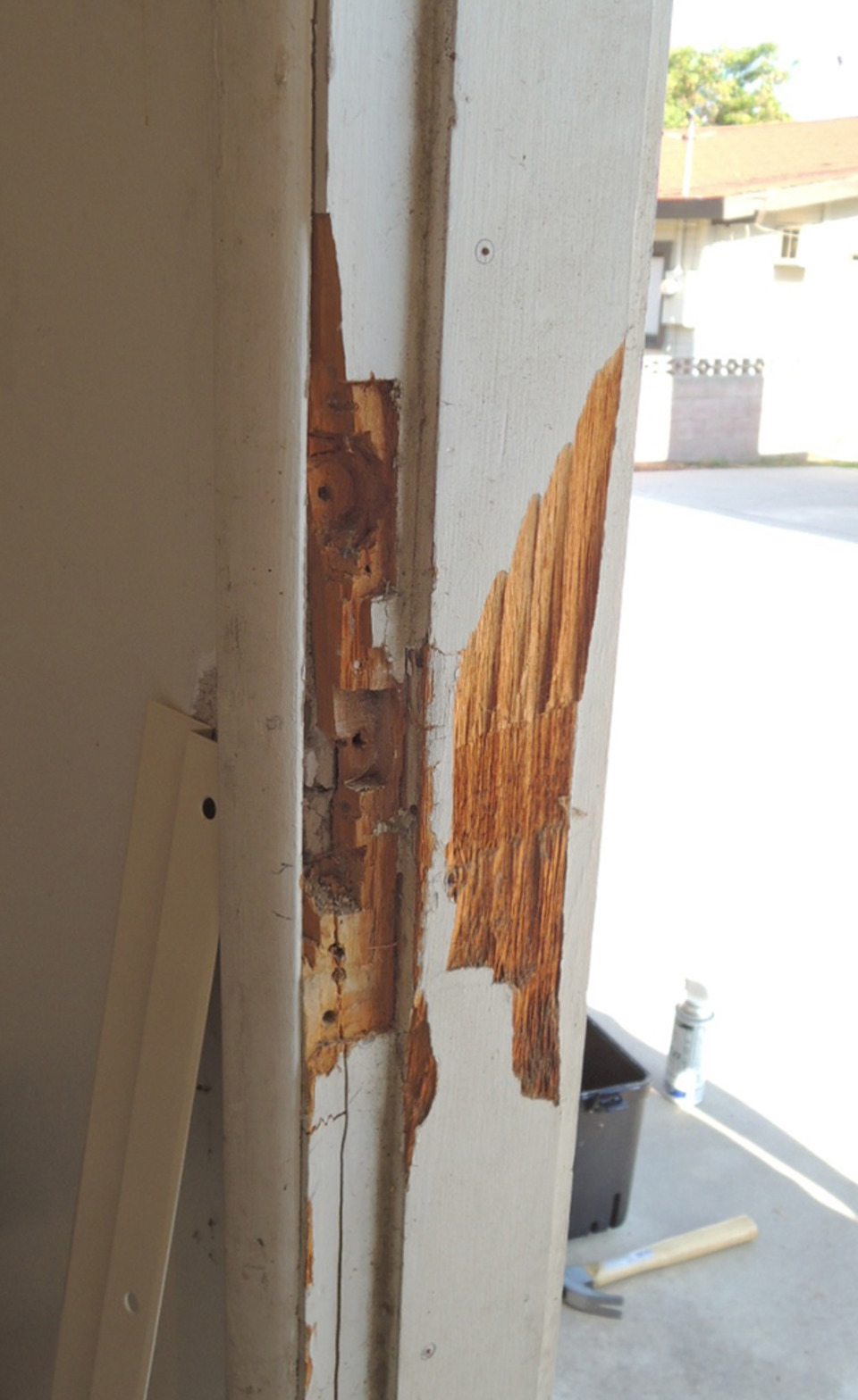 Doors Jambs: Jamb Jacket Strengthens Broken DoorJambs