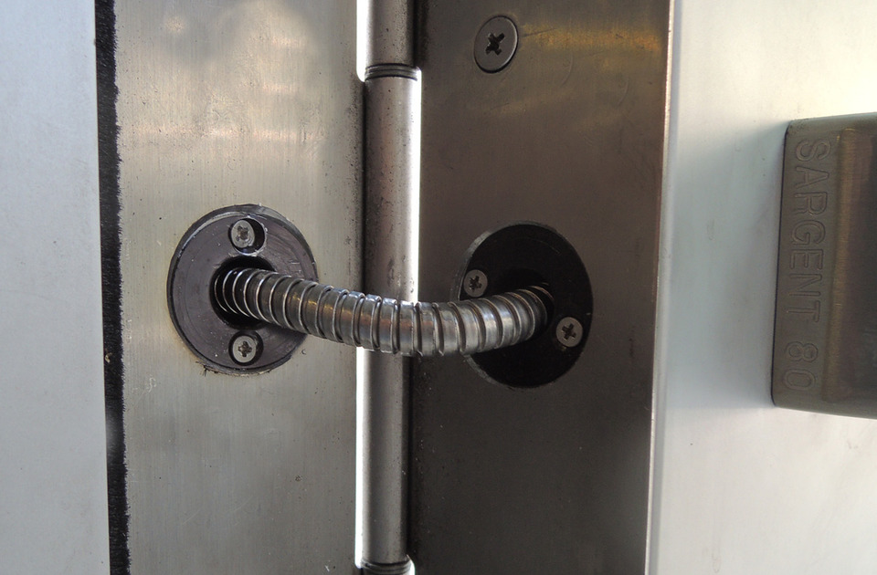 Power Transfer for Locking Electronic Access Control Components