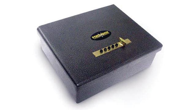 pistolbox_10175168.psd