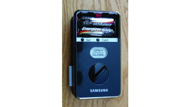 batteriesinstalledtwo_10223435.jpg