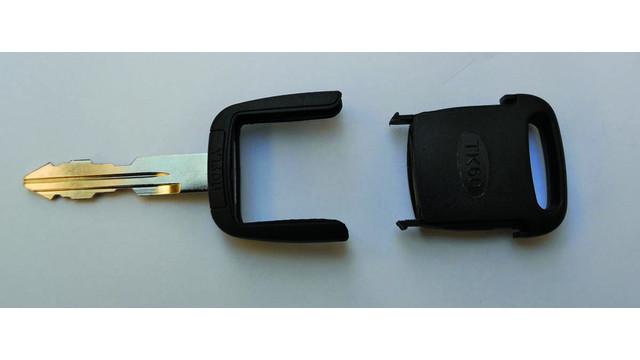 keys2_10250885.jpg