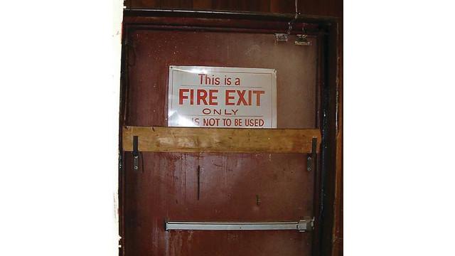 exit20door20blocked20with20woo_10343784.tif