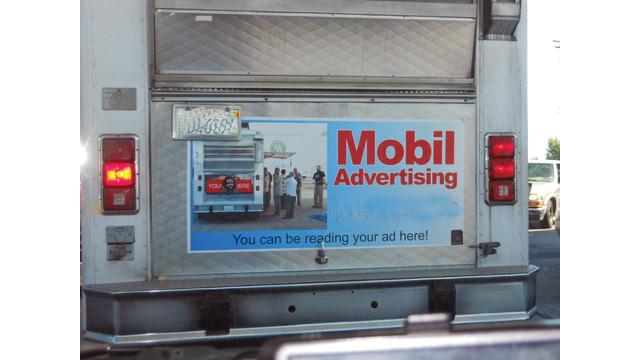 mobiladvertising_10442666.tif