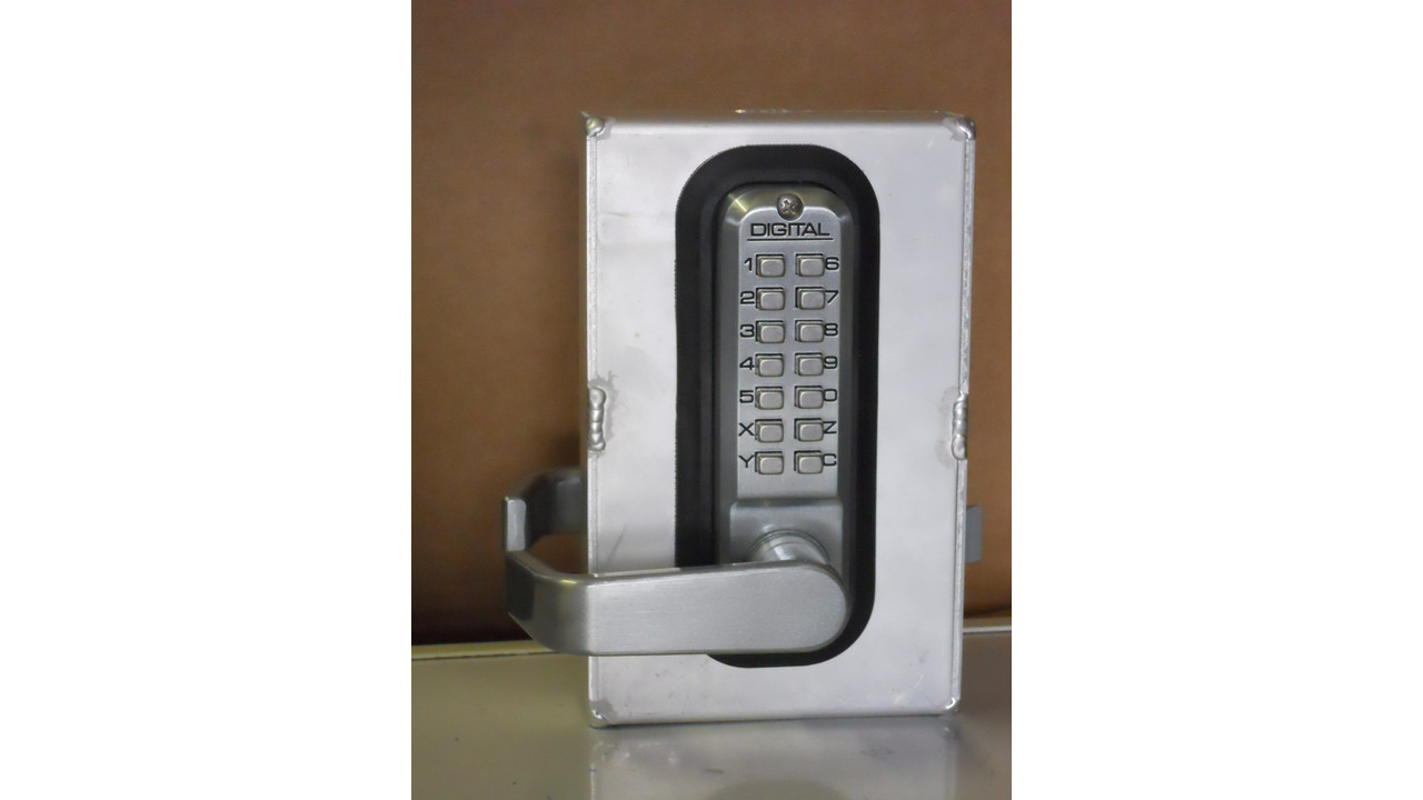 Keyless Access With Lockey 174 2835 Dc Mechanical Push Button