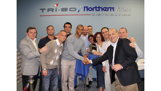 NY Giants' Cruz Celebrates Tri-Ed / Northern Video New York Grand Opening