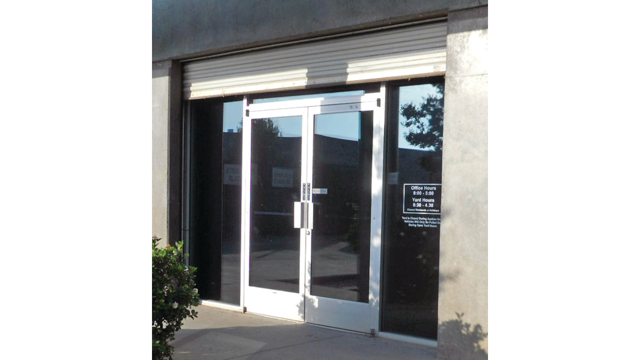 An Overview: Aluminum Stile Glass Storefront Doors | Locksmith Ledger