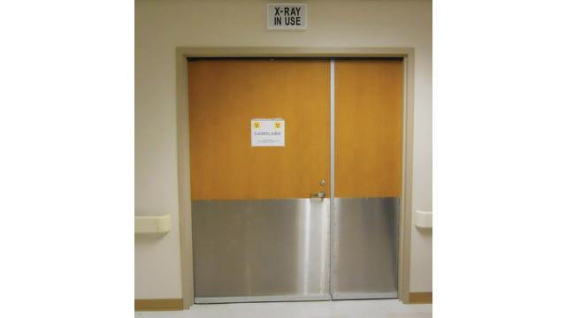 extra-wide-double-door-opening_10796658.tif