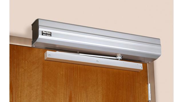 nor_5710_on_door_pull_side_ang_rgb_8edmc1adnvjpa.jpg