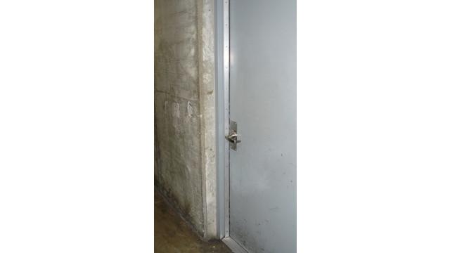 02--tunnel-door_11429597.psd