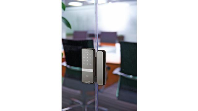 rite-touch-on-door_11429506.psd