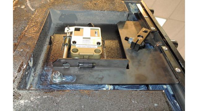 ams-09--esl10xl-bolt-lock-and-_11518083.psd
