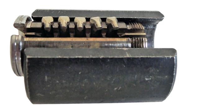 sep-11-no-key-inserted-finger-_11536913.psd