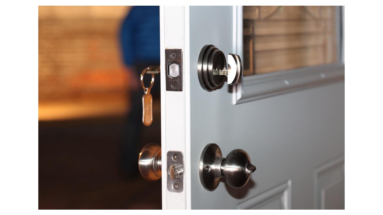 Maxum Residential Deadbolt Locksmith Ledger